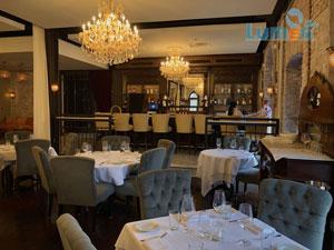 روشنایی رستوران با لوستر