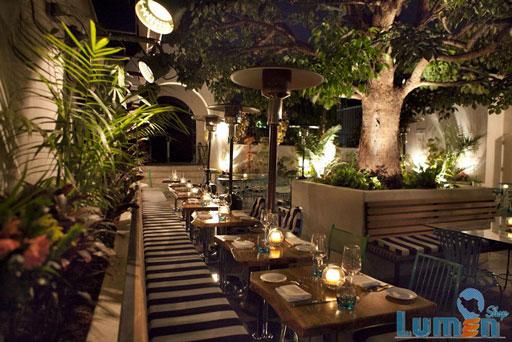 نورپردازی بیرونی رستوران